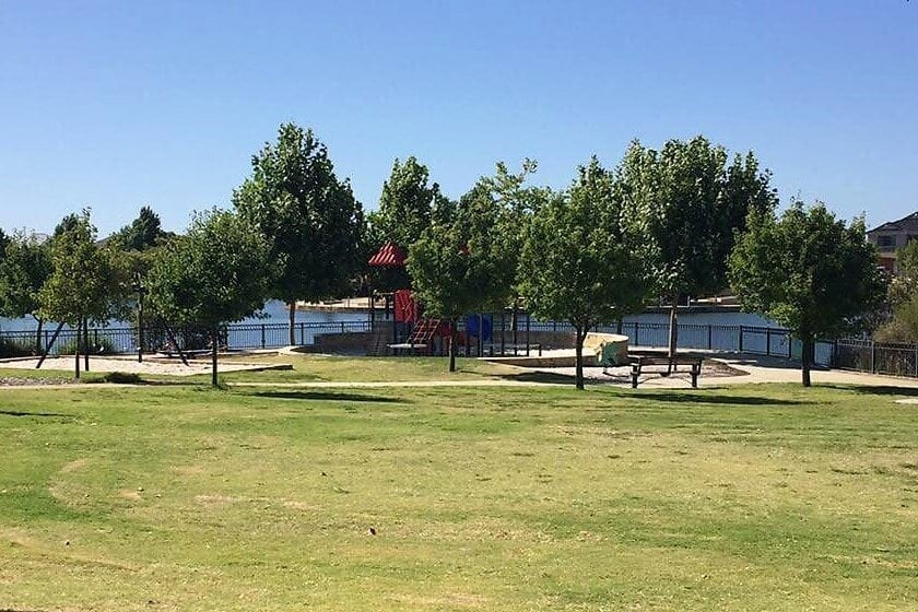 Candella Square Playground, Stirling