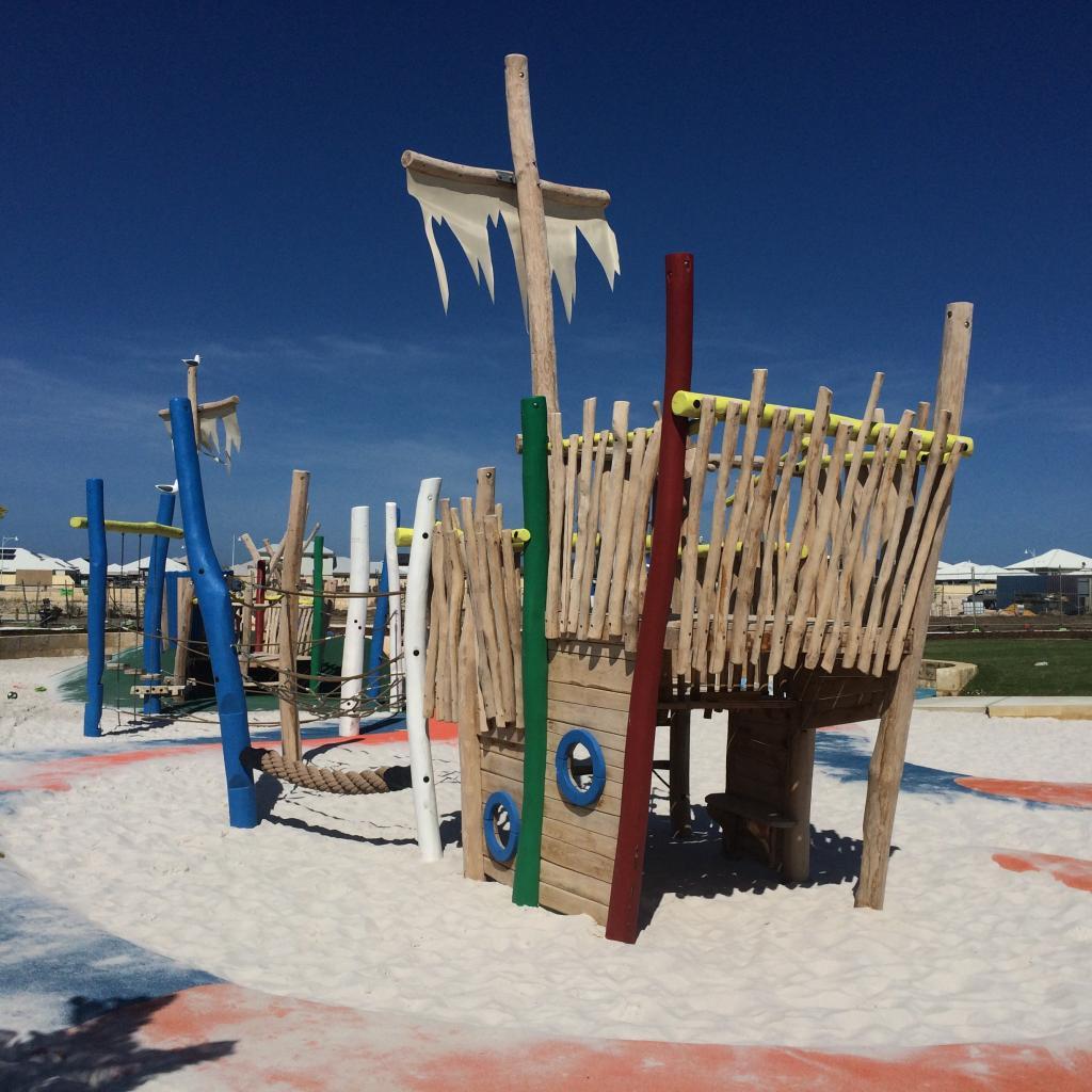 McIntyre Park, Burns Beach
