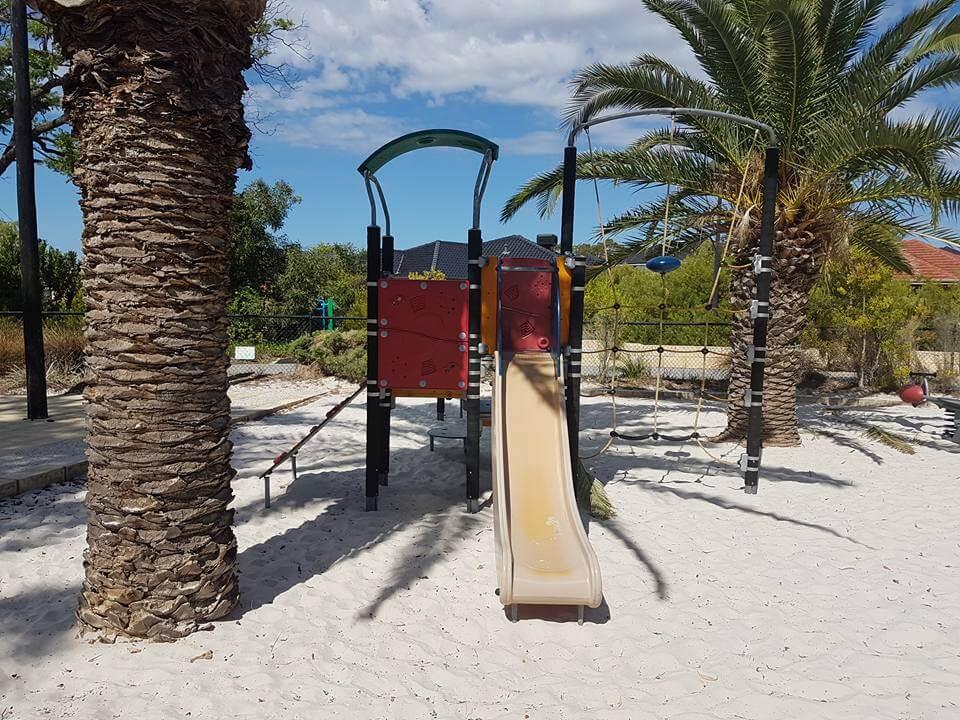 Serisier Parkway Playground, Queens Park