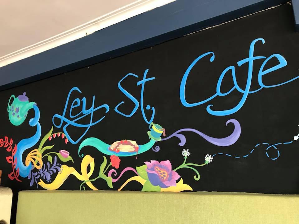 Ley Street Cafe, Como
