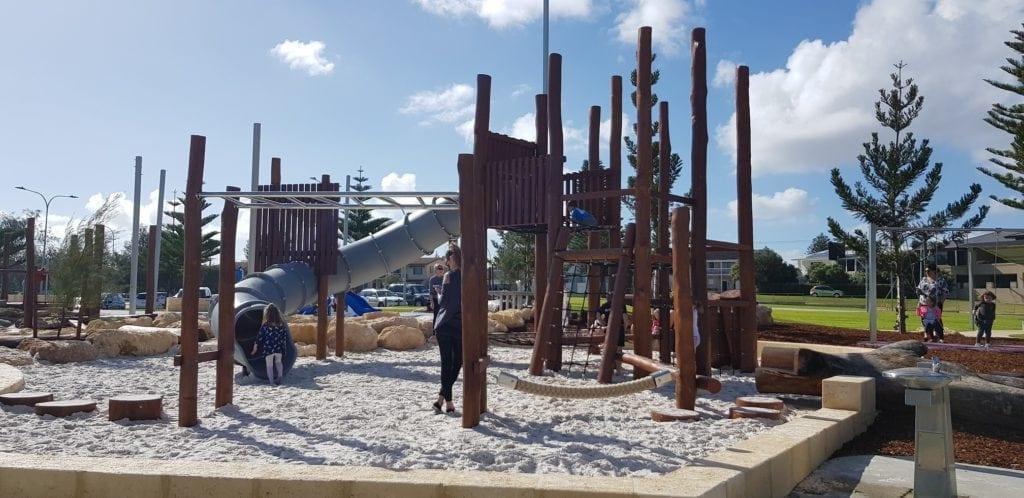 Tom Simpson Playground, Mullaloo