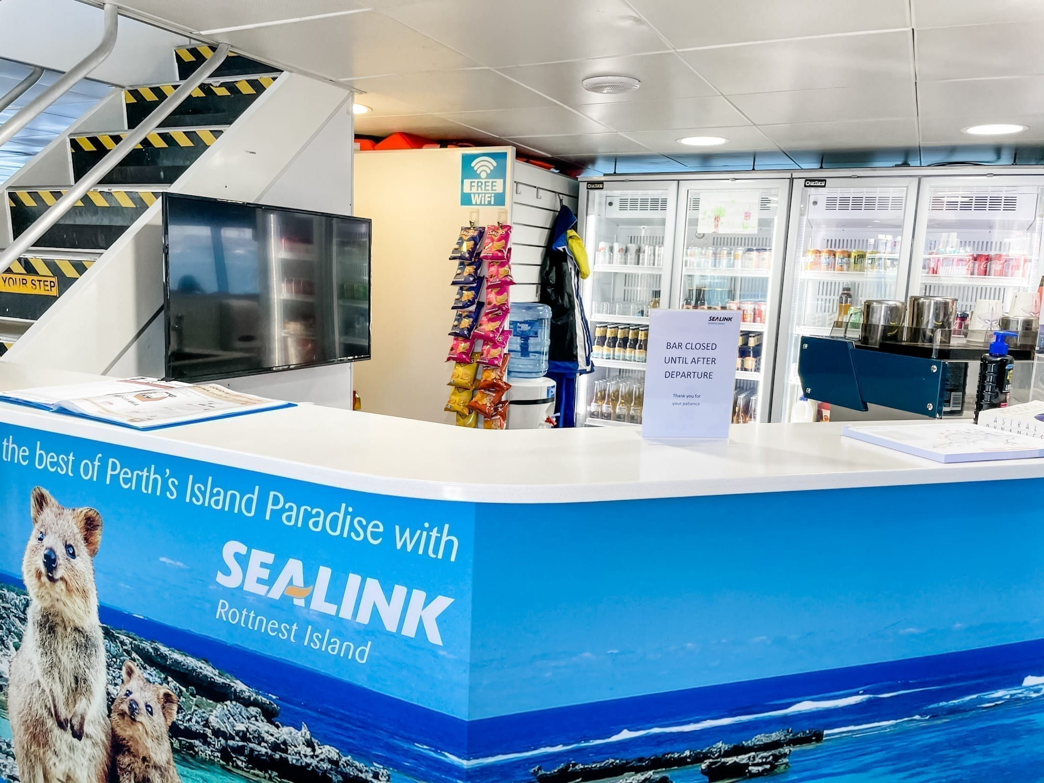 Sealink Rottnest bar