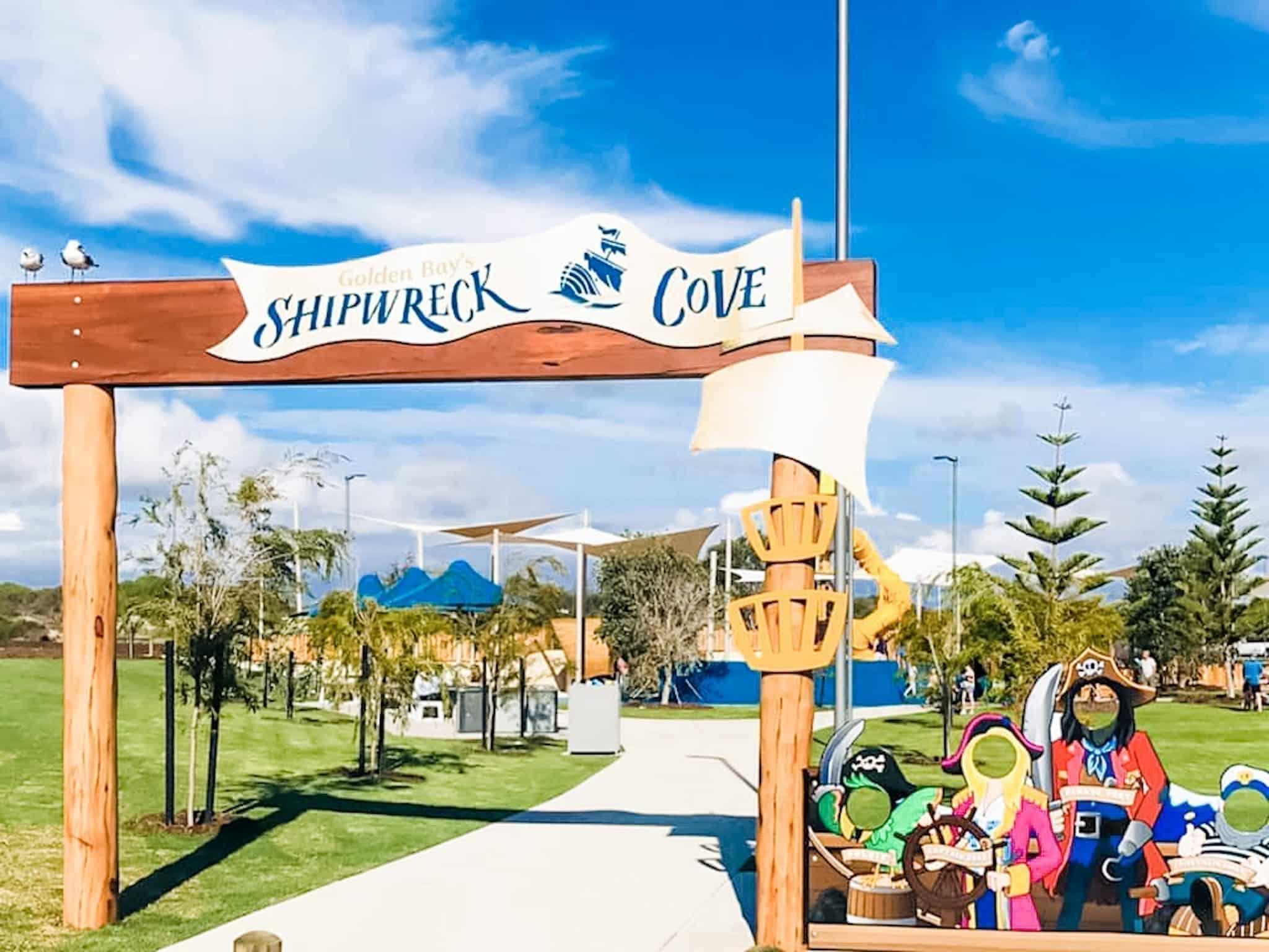 Shipwreck Cove, Golden Bay