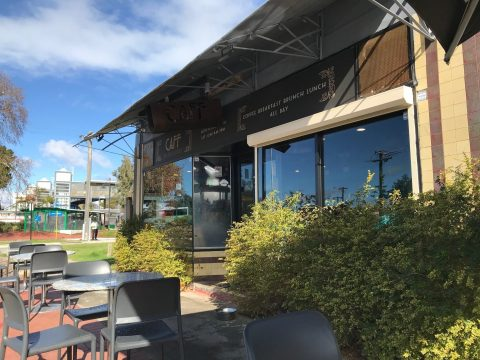 Caff on Broadway, Bassendean